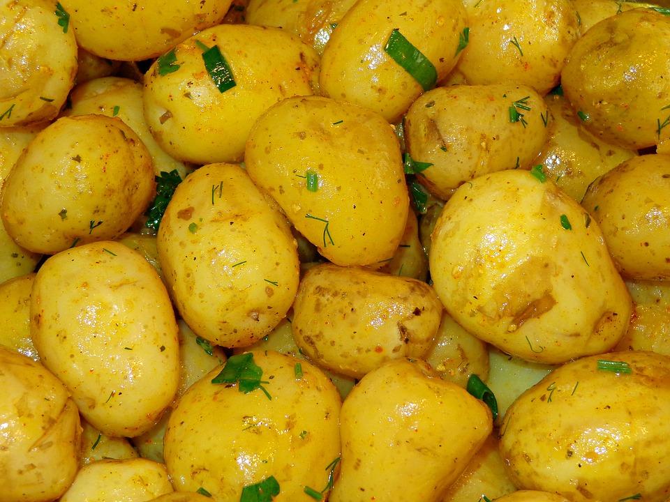 Evo što bi vam se dogodilo da dugoročno jedete samo krumpir