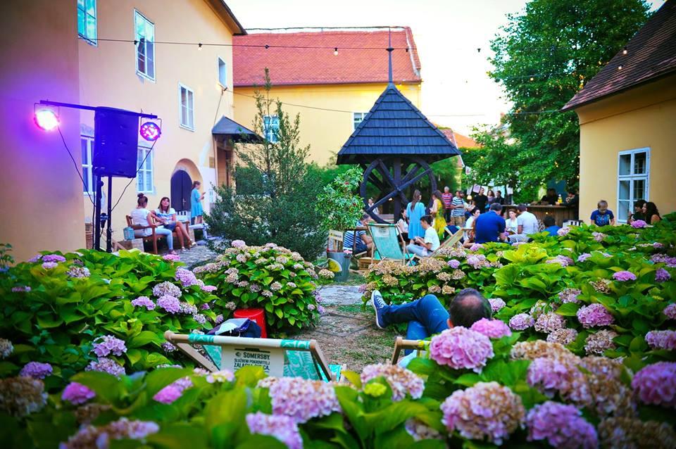 Dvorišta festival 2 Facebook Dvorišta The Courtyards