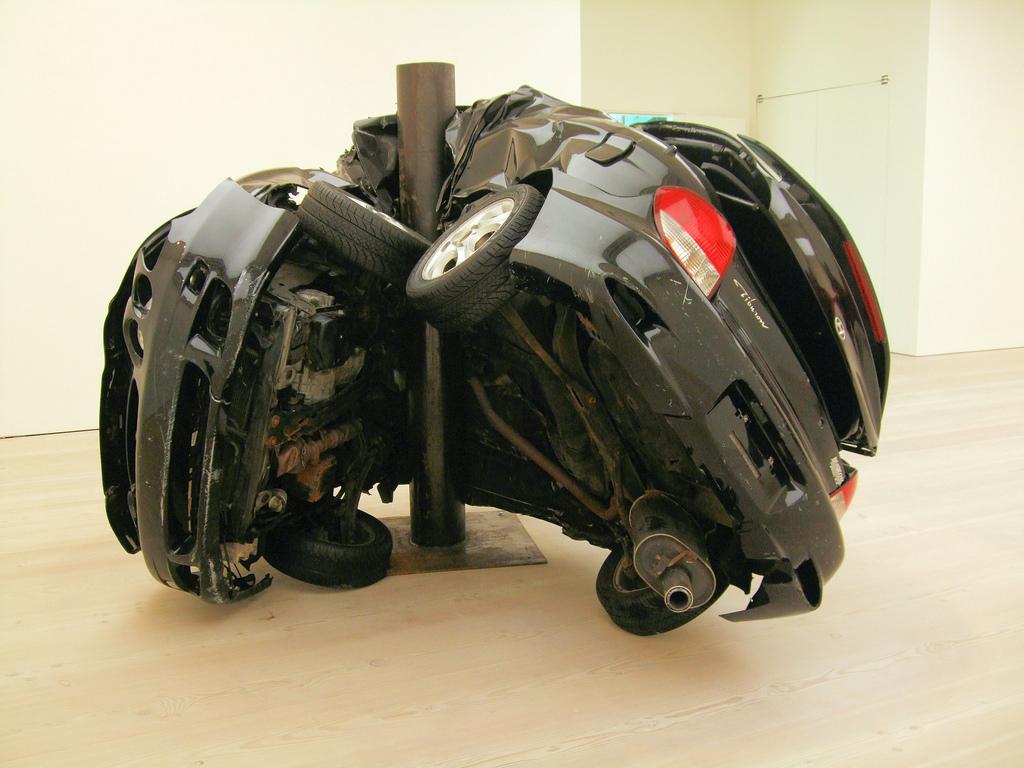 Uništeni auto