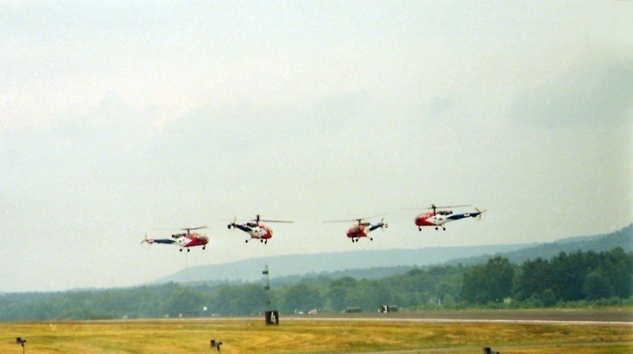 Četiri helikoptera