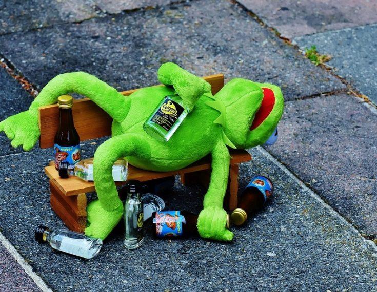 Zašto se imamo naviku prejedati dok smo pijani?
