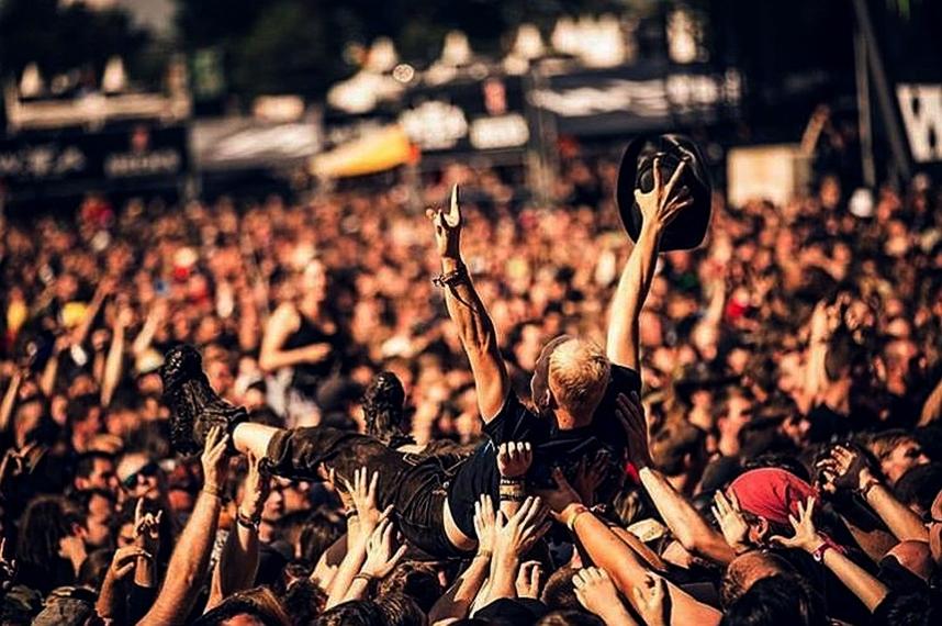 Bjegunci iz staračkog doma se provodili na heavy metal festivalu