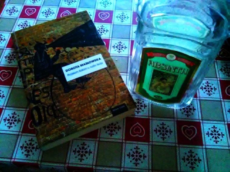 """Recenzija: roman """"Poljskom šakom u rusku bulju"""" Dorote Masłowske"""