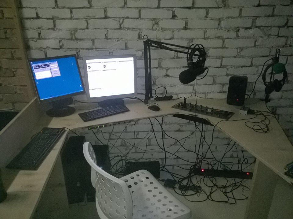 KLFM 4