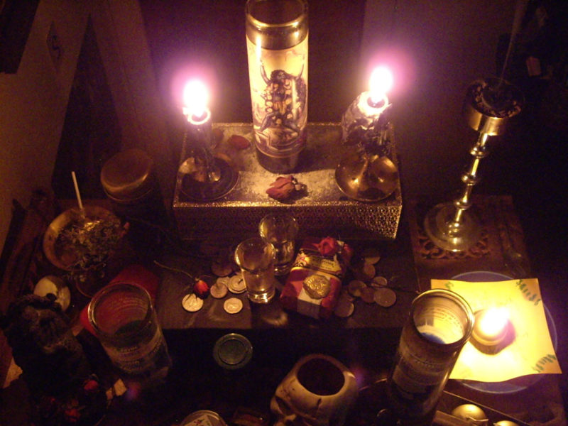 Neopaganski oltar