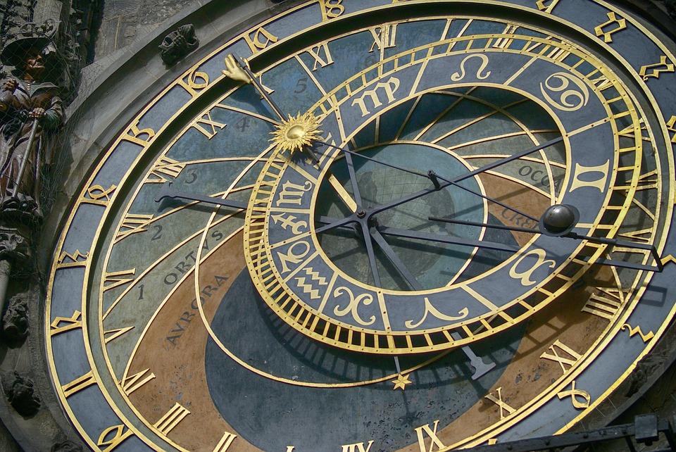 Stari sat 1