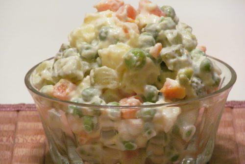 Kako je francuska salata dobila ime? Zanimljivo pitanje, pogotovo kad osvijestite da nije nastala u Francuskoj!