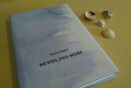 """Recenzija zbirke poezije """"Nevidljivo more"""" autora Tomice Bajsića"""