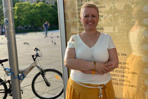 """Zagrebačka pjesnikinja i poduzetnica: """"Poeziju brendiram već četiri godine. Ona je moje najprodavanije štivo."""""""