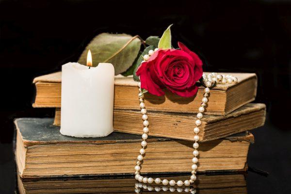 Uvrstite vlastite poetske uratke u veliku međunarodnu zbirku ljubavne poezije