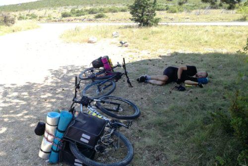 500 kilometara biciklom u 6 dana (3. dio): Okršaj s Velebitom i prvi susret s morem