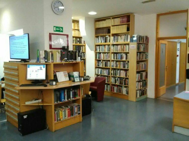 Knjižnica Božidara Adžije 3