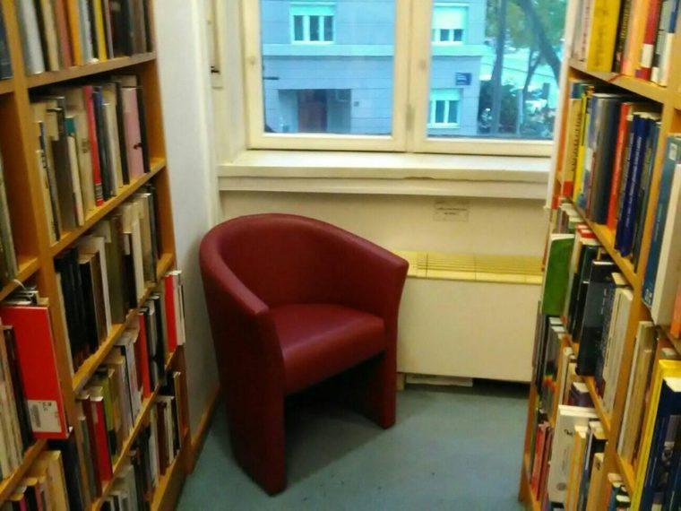 Knjižnica Božidara Adžije 6