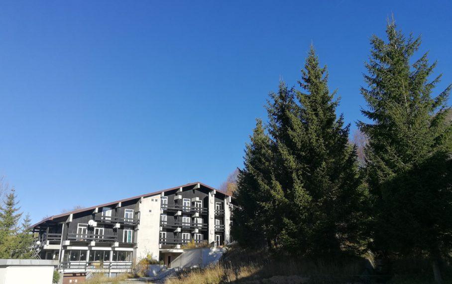 """Napušteni hotel """"Jastreb"""" koji ima puno (neiskorištenog) potencijala"""
