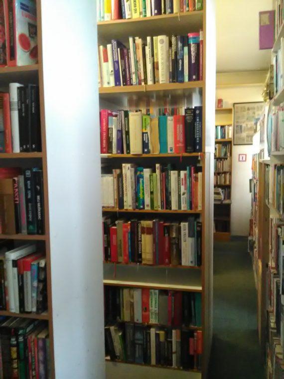 Gradska knjižnica Dugo Selo 13