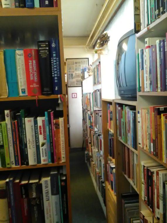Gradska knjižnica Dugo Selo 11