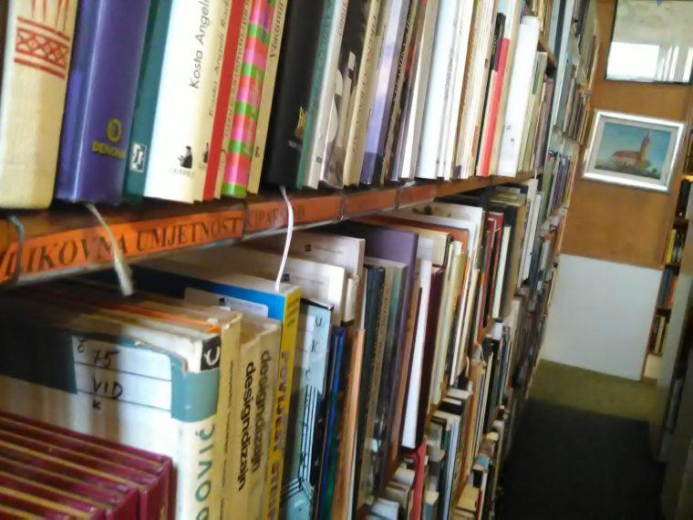 Gradska knjižnica Dugo Selo 12