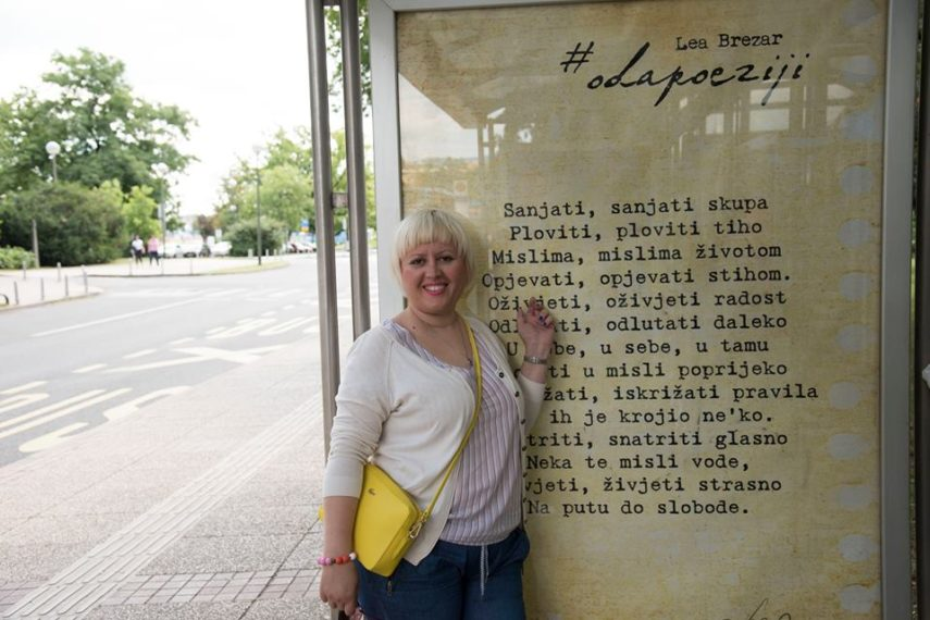 Poeziju na ulice! Na zidove! I na autobusne stanice!