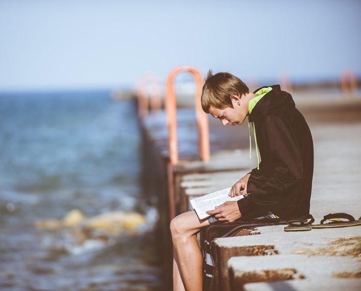 5 knjiga za plažu koje nećete pronaći ni na jednoj drugoj listi preporuka!