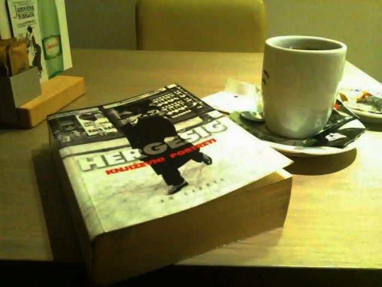 Recenzija: Isplati li se navratiti na čitalačku seansu u Book Caffe kod NSB-a?